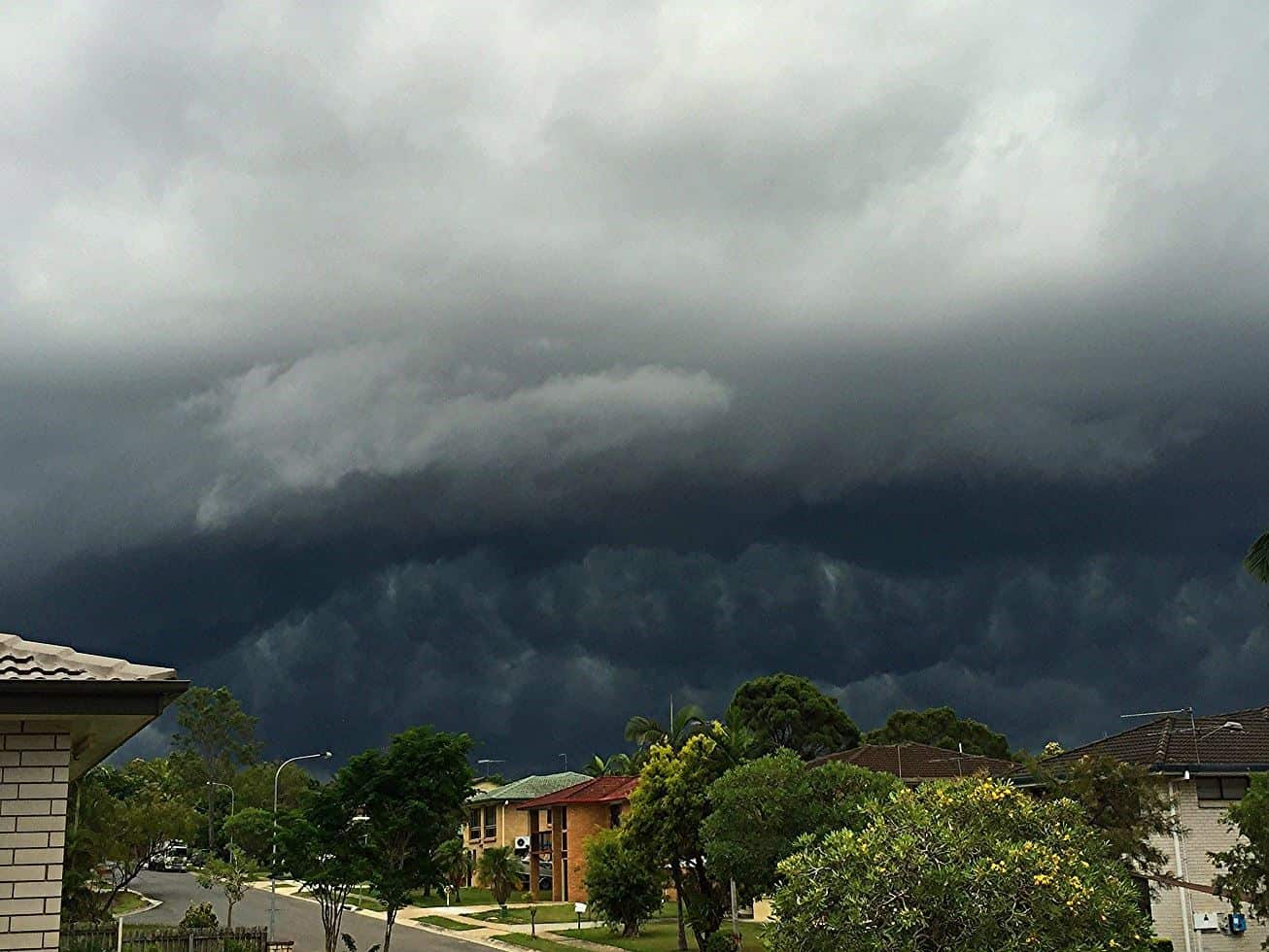 Ominous angry clouds with a severe thunderstorm - Brisbane, Australia (Dec 27th 2015)