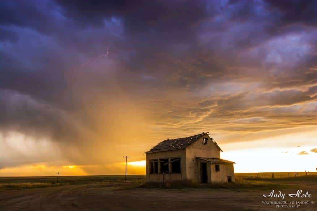 Sunset thunderstorm, Oakley/Kansas (May 3rd 2015)