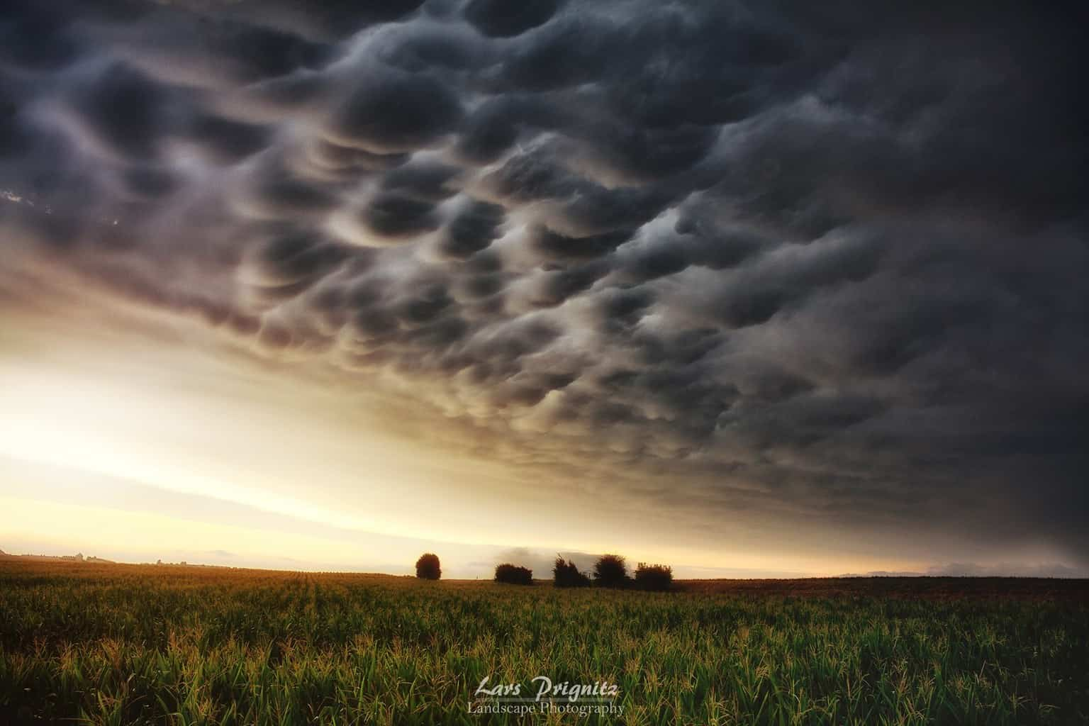 "5 guys watching Sunset-Mammatus"" South of Germany, near Ulm..."