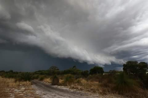 Got a severe storm here in perth today! Good to finally get up close to a decent storm!