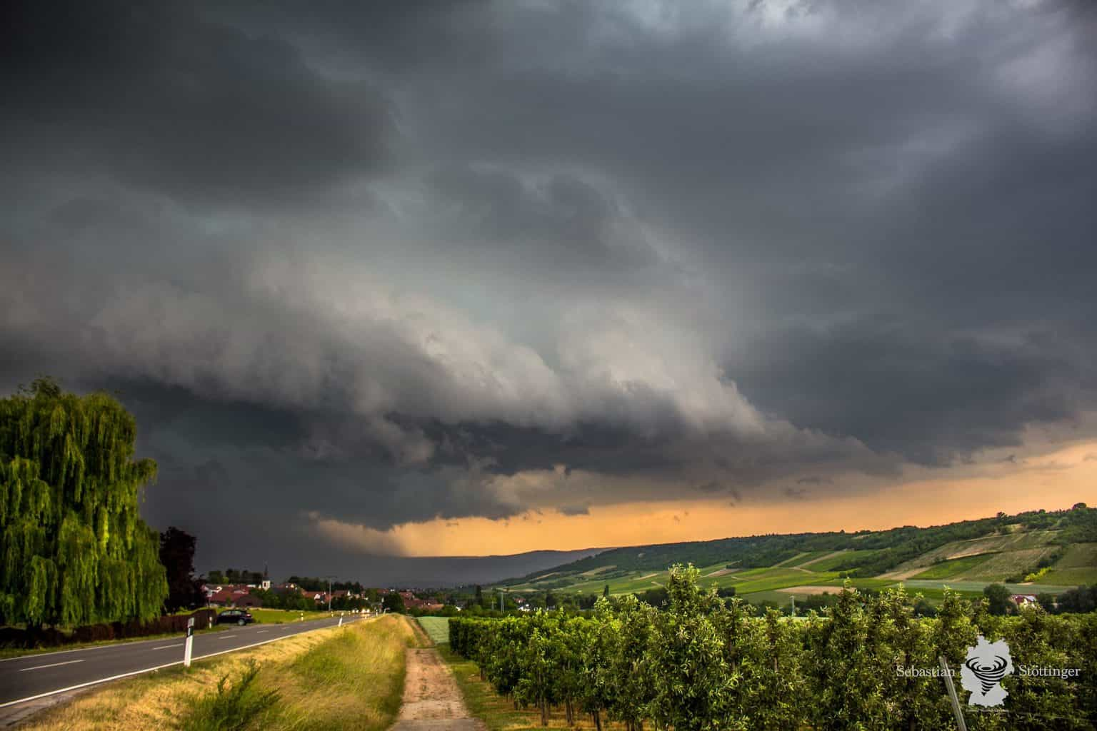 Nice gust front of a slow moving thunderstorm over the german city of Bingen on June 12, 2015.