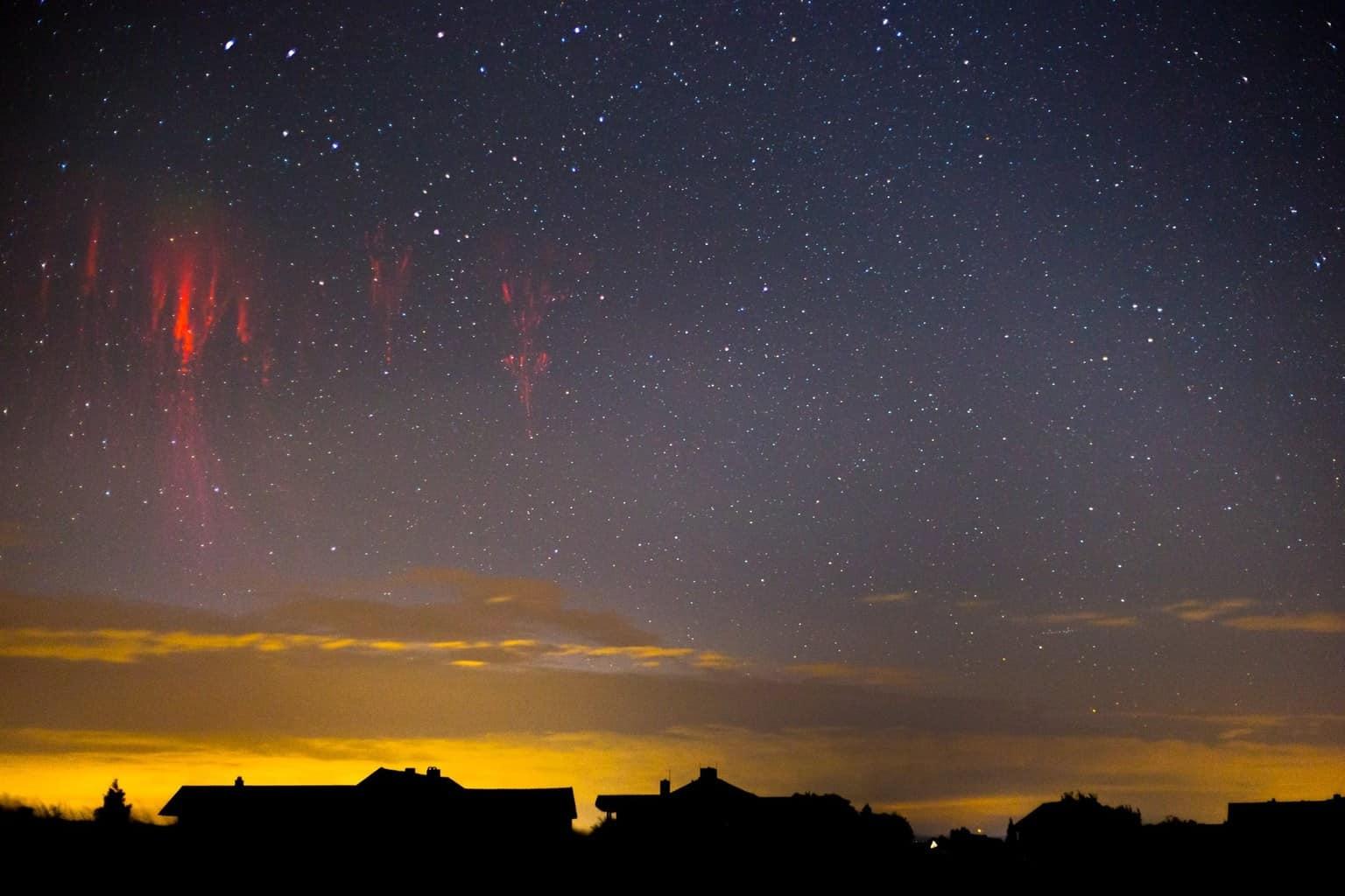 Sprite night Red sprites above the adriatic coast 26.07.2015