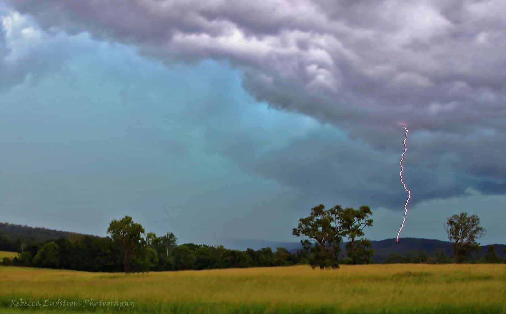 Think this is my first post here Love the shots being shared This shot was from 23rd January 2016 in Glenreagh, located near Coffs Harbour New South Wales Australia. On this day it was really windy and had the camera set up in the back of my station wagon and glad there wasn't too much blur. I have only been chasing for 2 years when I can. I strive to be able to get shots like I've seen on here one day