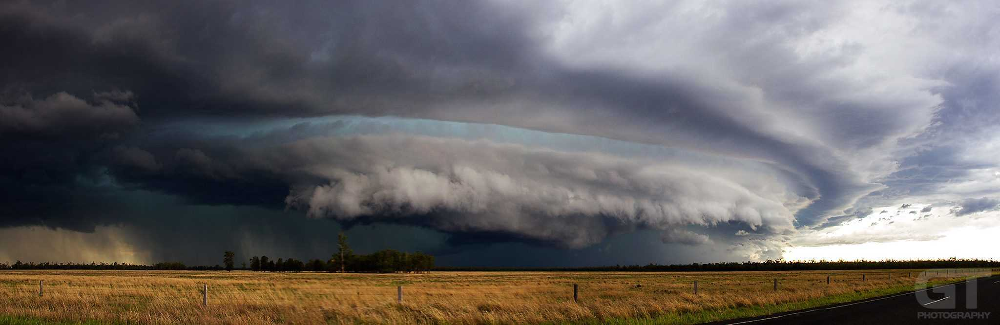 The amazing Moonie Supercell storm from two years ago (November, 23rd, 2013). Still one of the best storms I've seen since relocating to Queensland four years ago. The green/blue hue in the middle layers of this storm was truly mesmerizing.