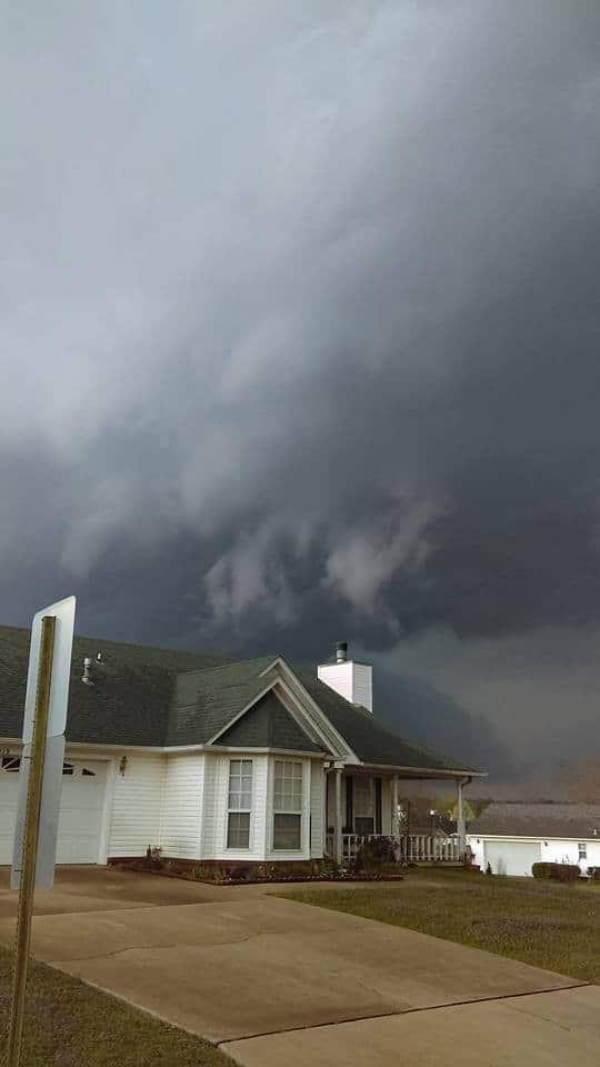 Late after noon shelf cloud . Van Buren AR !!