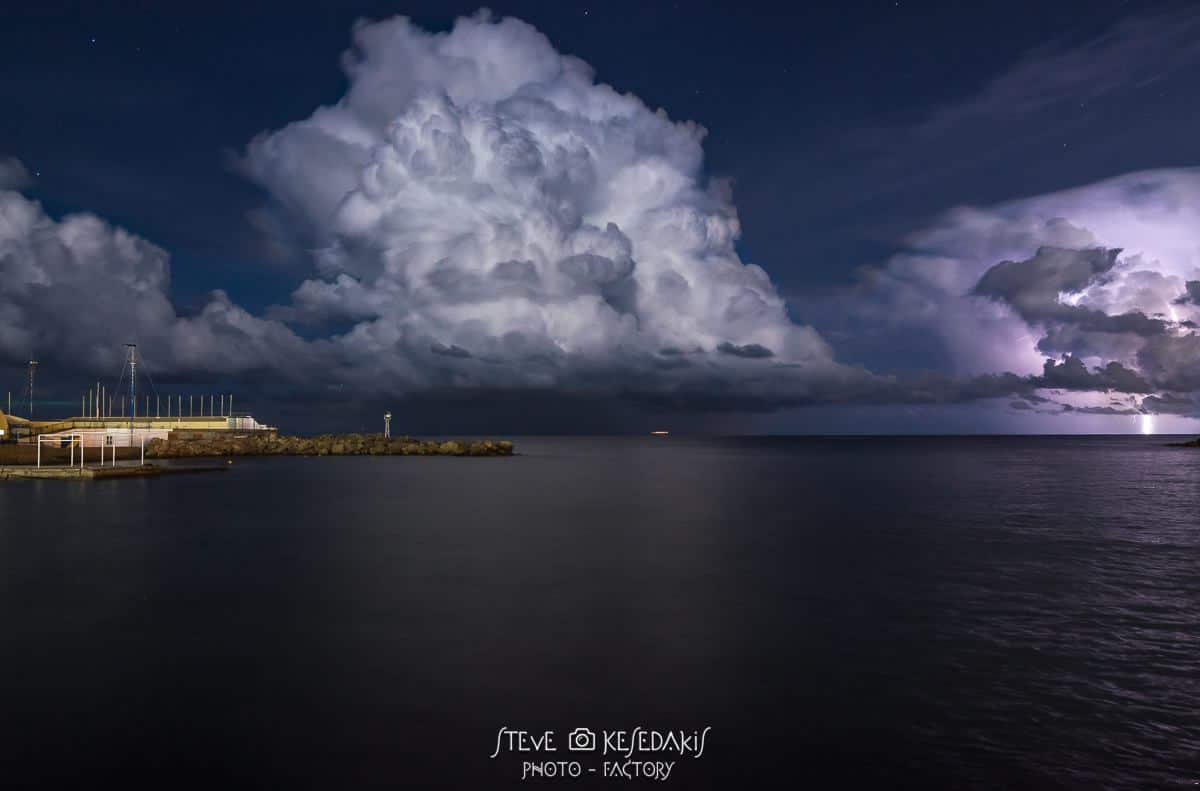 Give me a way to combine a huge cb cloud formation,some lightning strikes and stars shining above...... hmmmm guess i got what i asked for at Rhodes island Greece light port 2016. 02. 28. Hungary, Felsődobsza