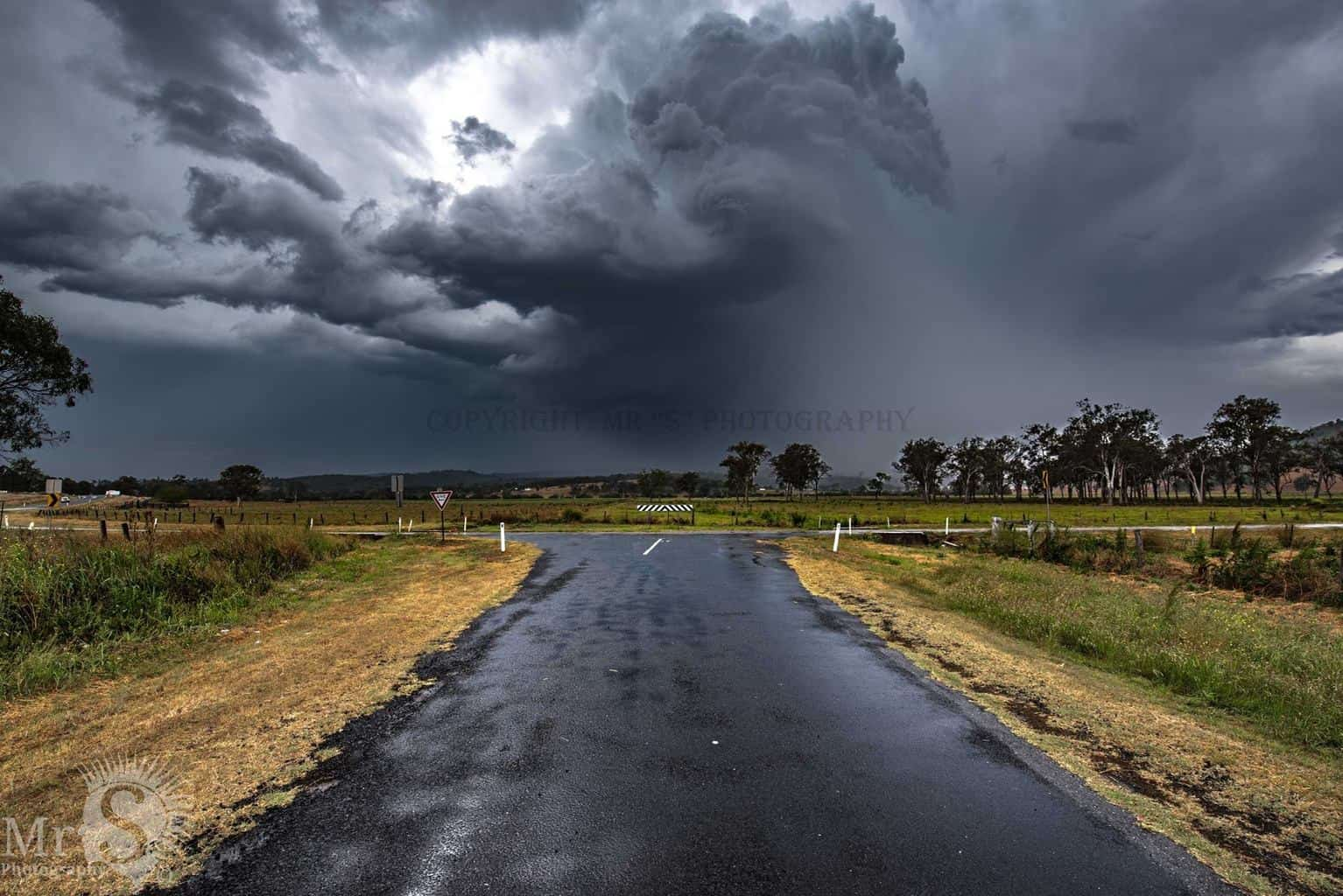 !!! Which way Now !!! A beautiful storm system last Oct on the 22nd near Boonah Australia. The rotation and hail was unbelievable and a storm I gladly backed off from.