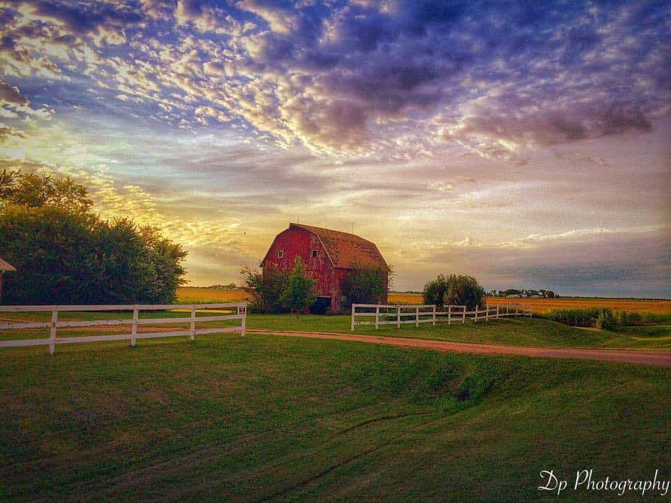 Sunset in the southern Minnesota sky good thunder Minnesota