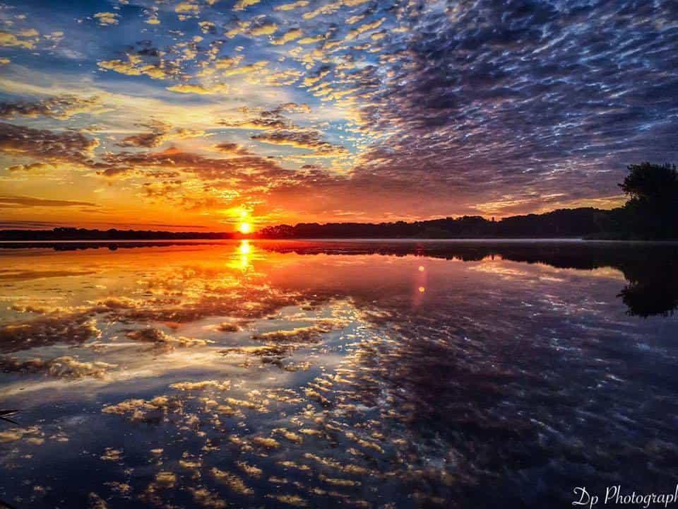 Southern Minnesota sunset over the lake !!