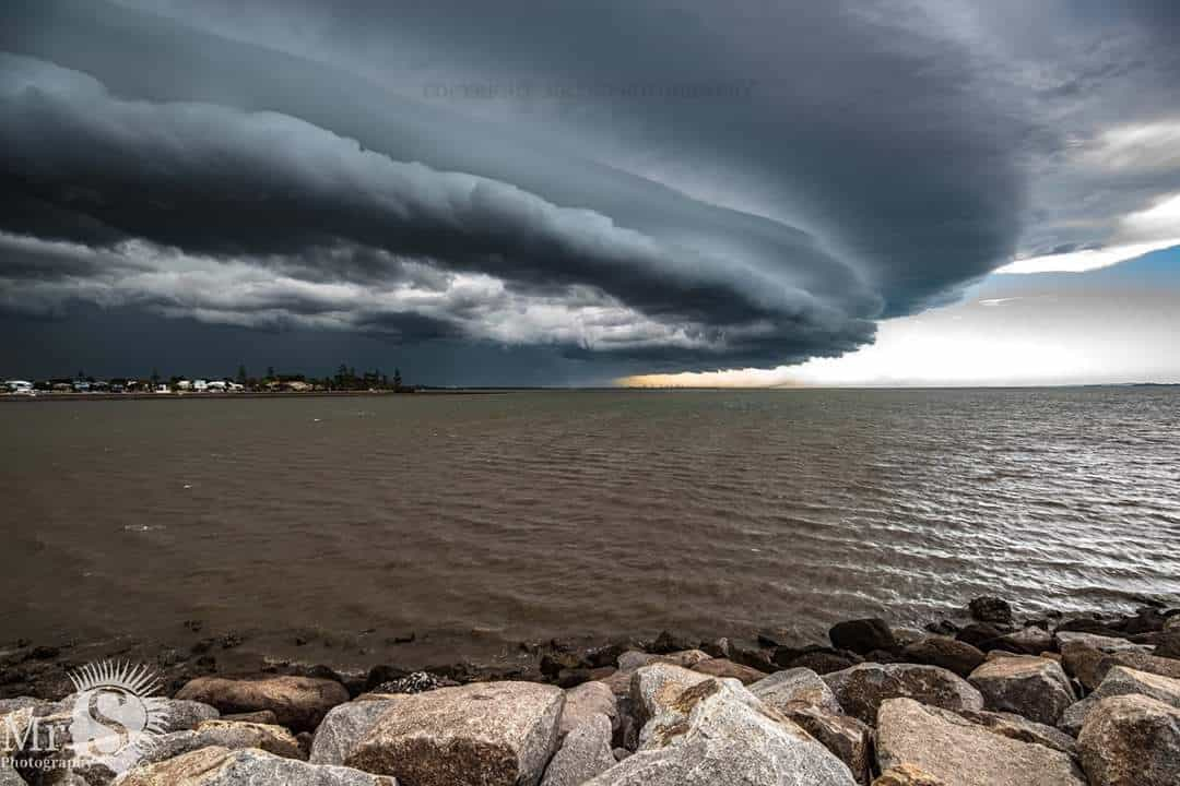 A severe system reaches Manly Qld Australia on the 29th Sept 2015. It had intence outflow winds and frequent lightning.