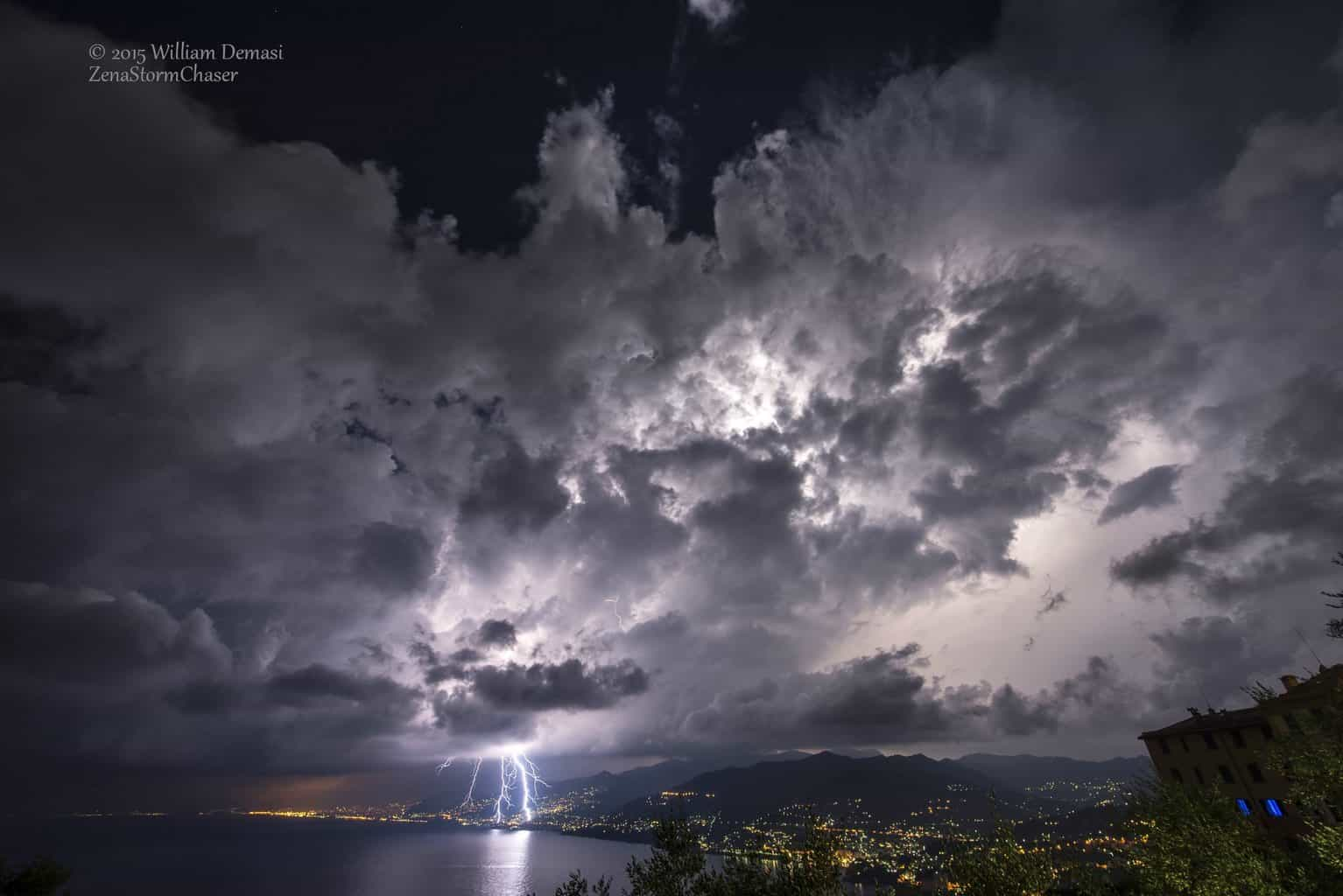 Thunderstorms over Ligurian Sea. Ending summer, last september 2015. — in Ruta di Camogli.
