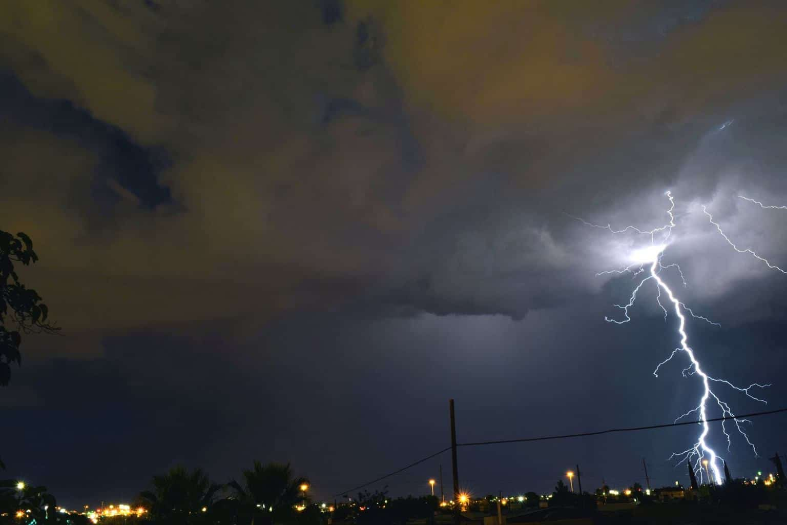Took this last year. Still waiting for our first Thunderstorm!!