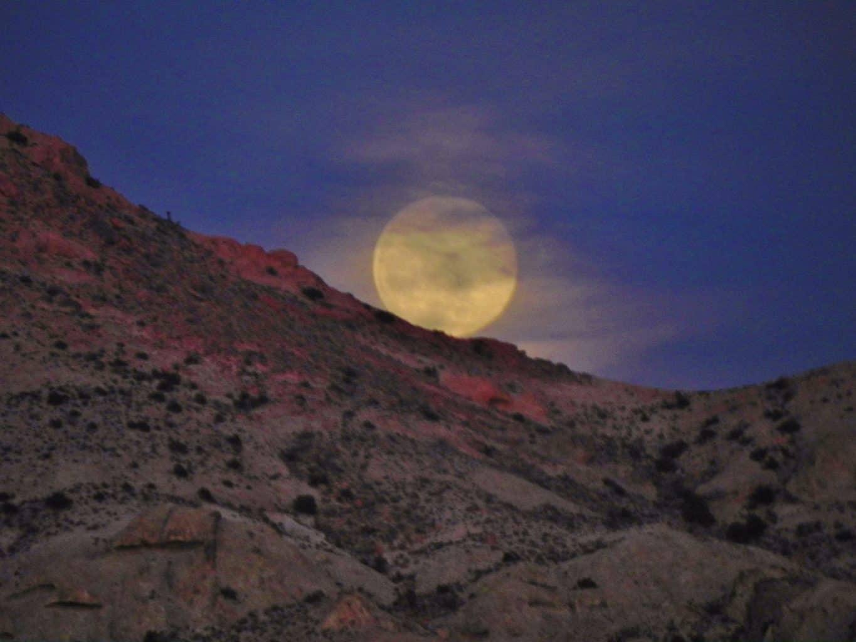 The rising of the Full Moon near Bullhead City, AZ USA ! April 22-2016
