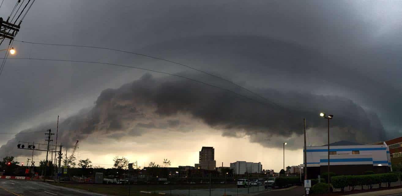 Shelf cloud in Durham, NC around 7:15 tonight.