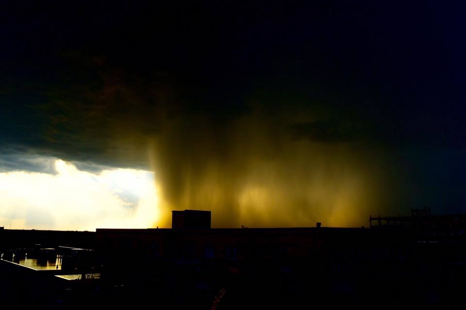Last one from 4-25-2016 that I'll share. Taken from a rooftop in Evanston IL watching as the hail fell on Wilmette IL. Was a pretty cool sight to see as the hail moved east and missed my location by just a few blocks.