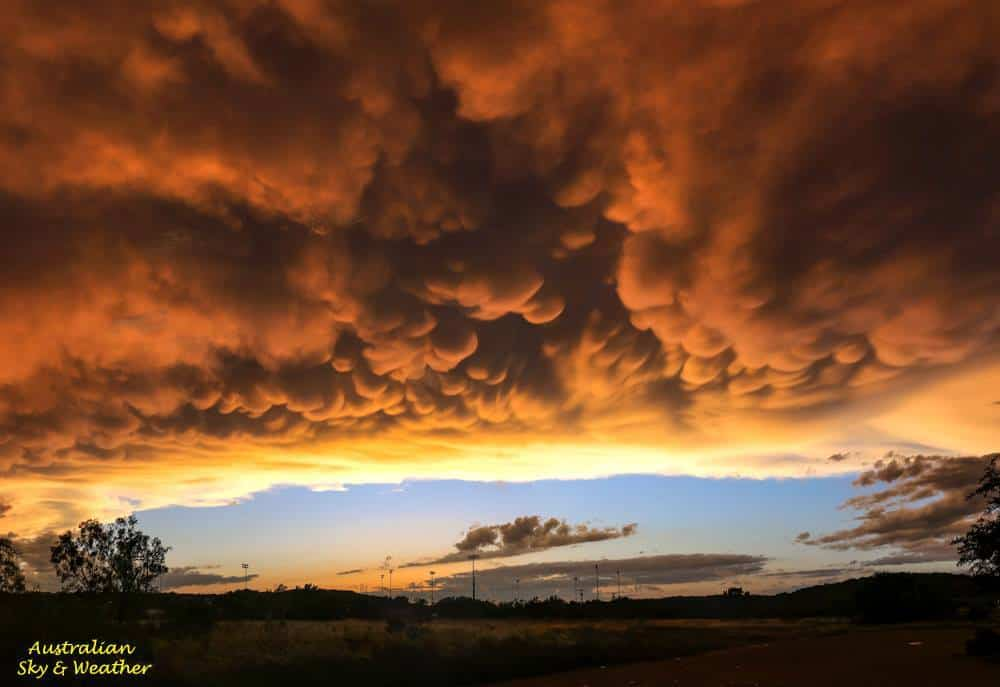 A breathtaking mammatus display over Sonora, Texas after a good day chasing storms....... 17th May 2016