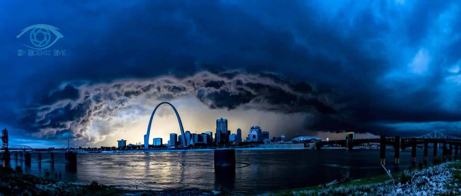 Camera pano from last night in STL! 6 shots merged!