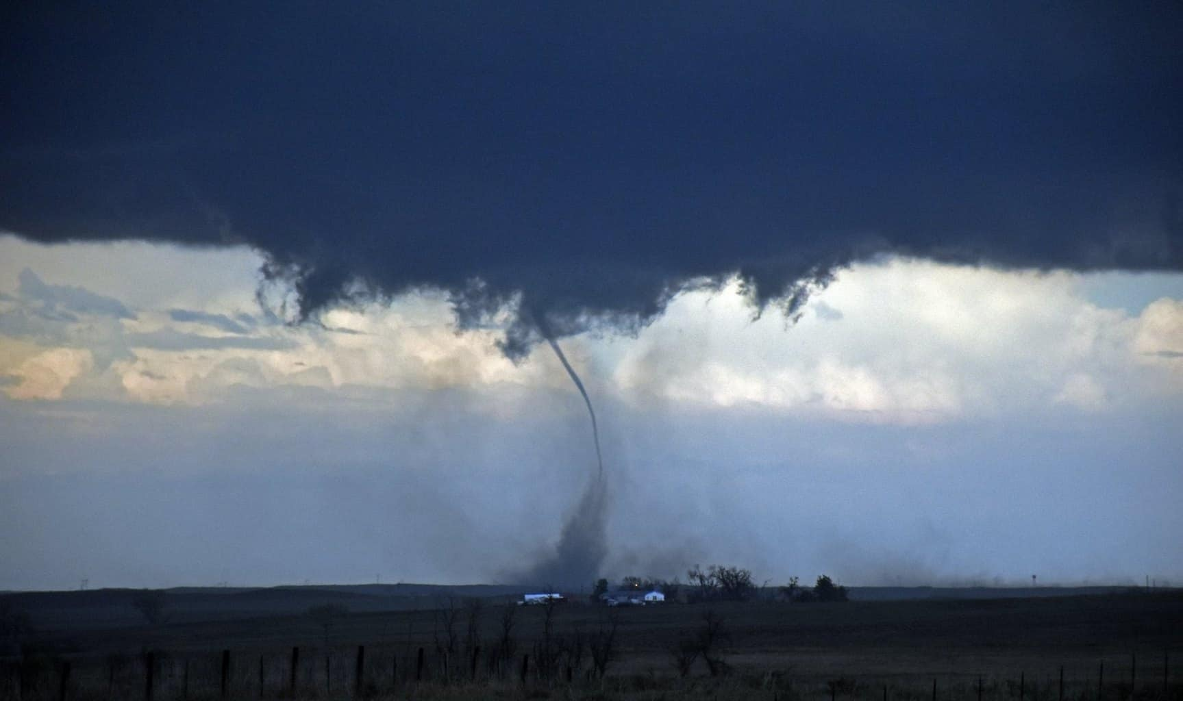The beginning stage of the Wray, Colorado tornado!!