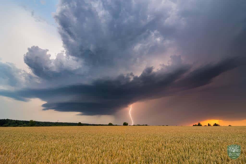 LP Supercell with lightning strike! Pforzheim, Germany