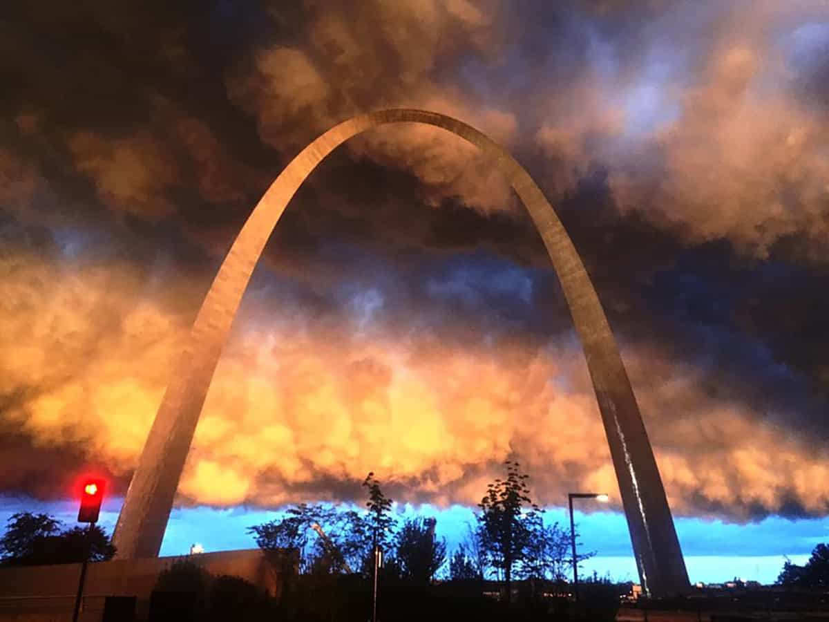 Stormy evening in St. Louis tonight. 4/30/16