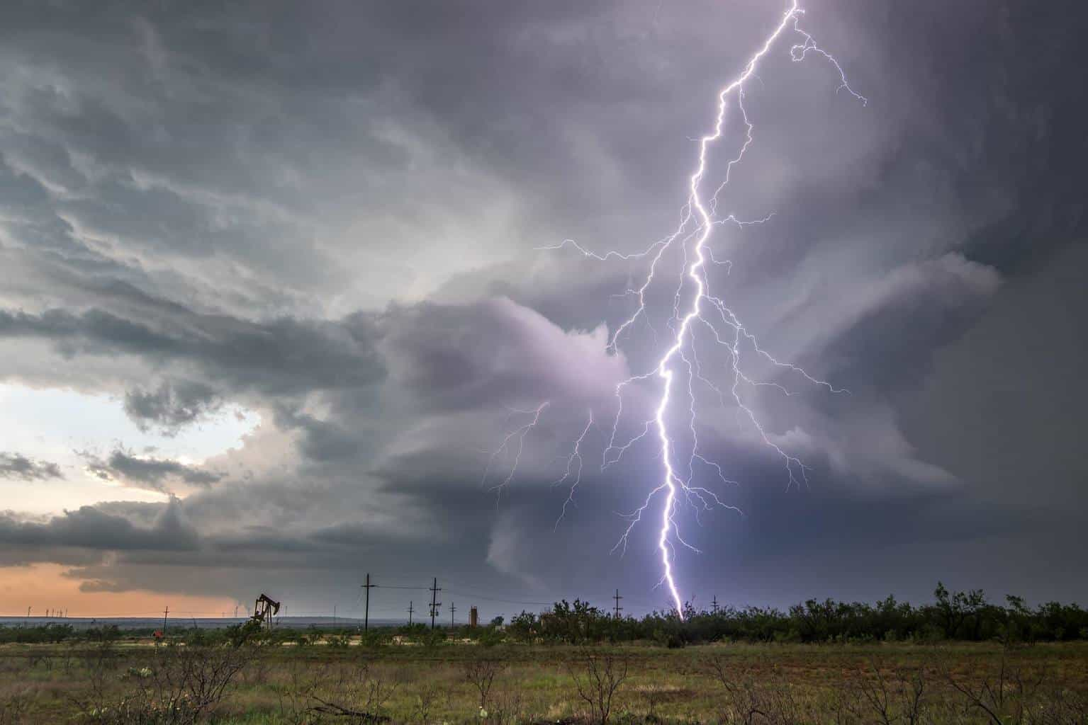 Yesterday up near Big Springs, Tx... Incredible lightning display to the point of being scary.... If your chasing this system take this lightning seriously. I had a wake up call yesterday.