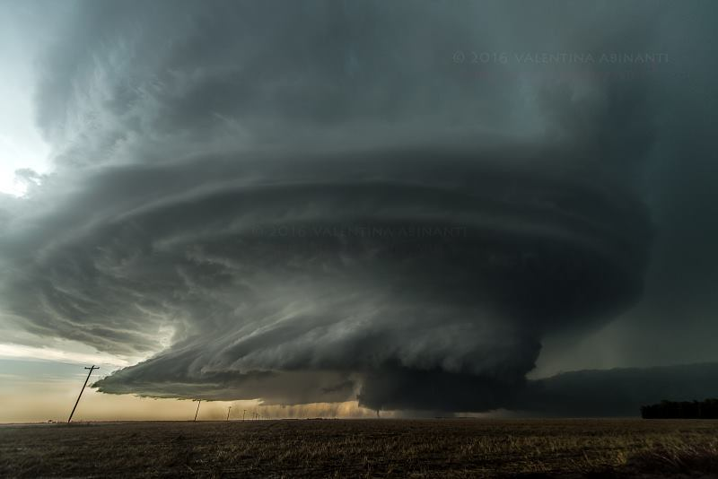 Tornadic supercell near Leoti, Kansas. May 21st 2016.