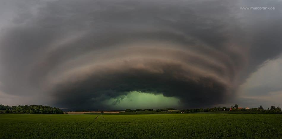 Approaching HP-Supercell in Eastern Germany on May 23rd 2016 EOS 5Ds, 4x12mm panoramic photograph with the great fullframe EF 11-24mm lens