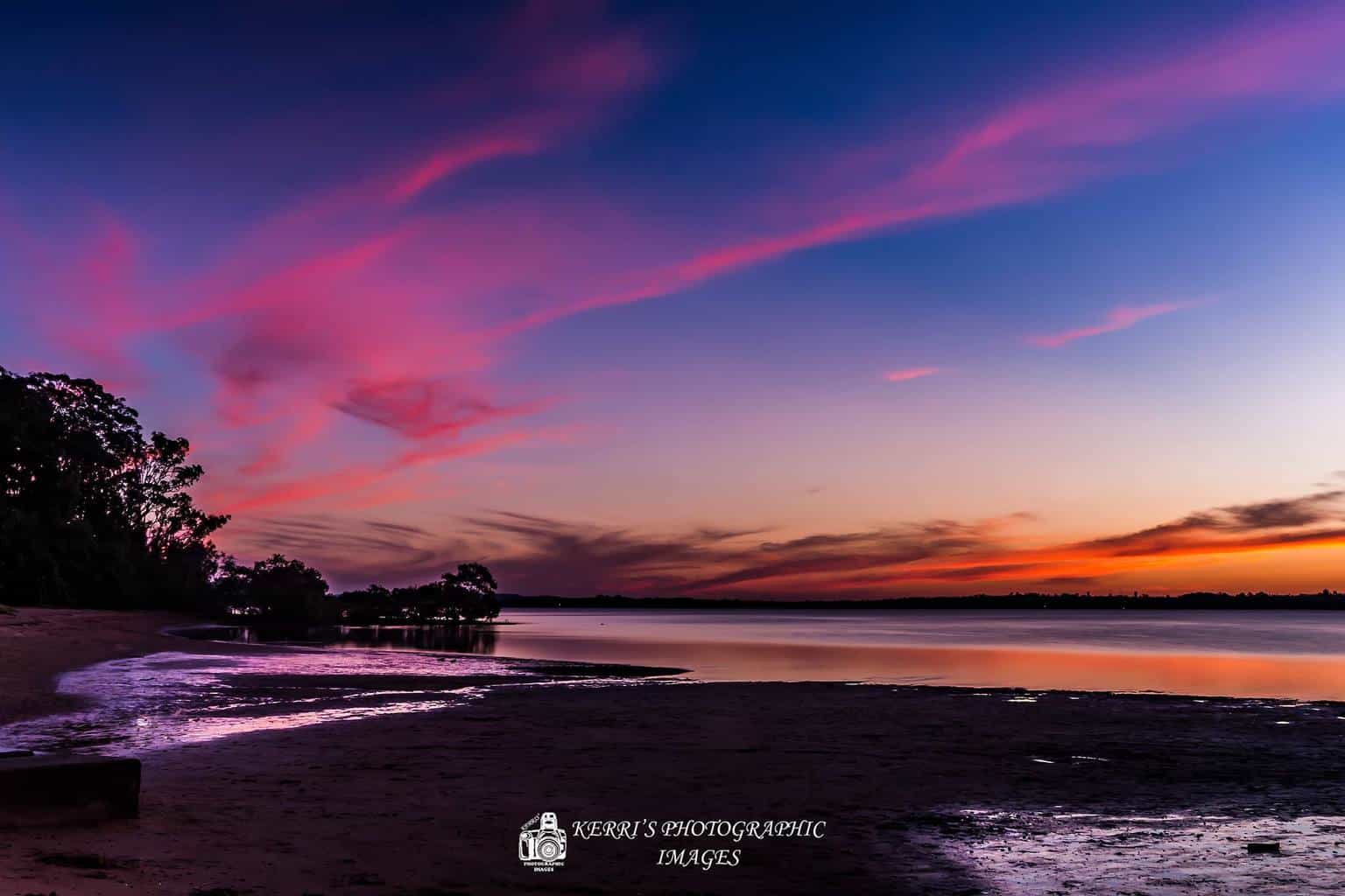 Amazing sunsets in Australia at the moment - great colours, reflections, clouds - Aussie Aussie Aussie