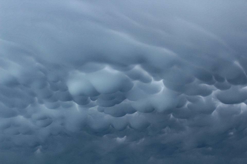 Mammatus cloud in italy today!