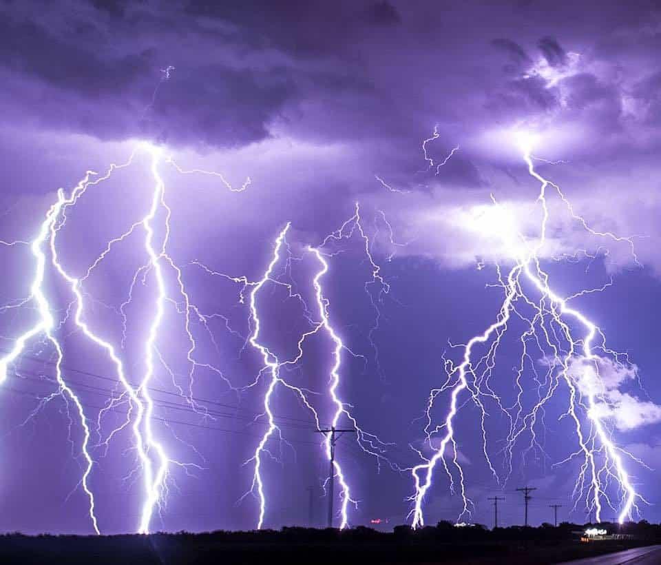 Some awesome lightning in Arkansas City, Kansas!!