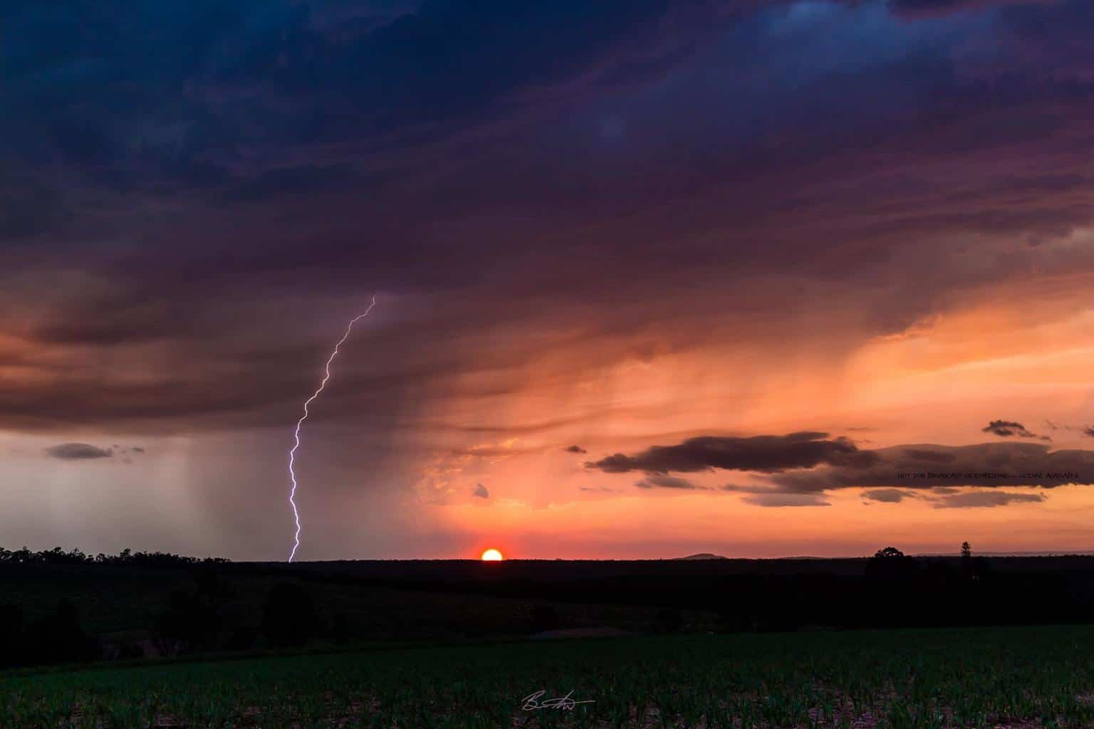 Isis Central Mill (a sugar mill near Childers), southern Queensland, Australia. The main storm had died for the day about an hour prior to sunset but my lucky stars wanted to throw me just a small sunset storm December 2016.... HECK YES!!! Went home very happy with a handful of great shots.