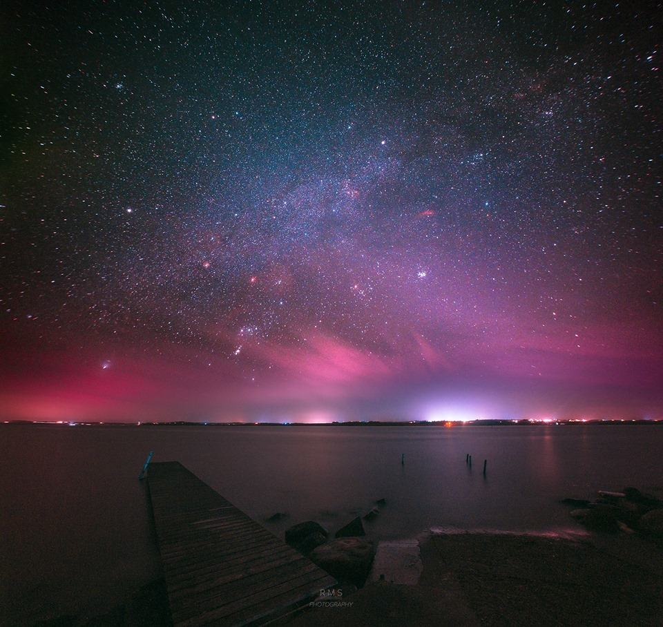 Danish nightscape with ligh pollution block. Canon EOS 6D + Samyang 14mm f/2.8 + Astronomik UHC filter.