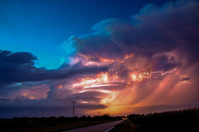Wicked Good Nebraska Supercell August 8, 2014 - South of Amherst Nebraska