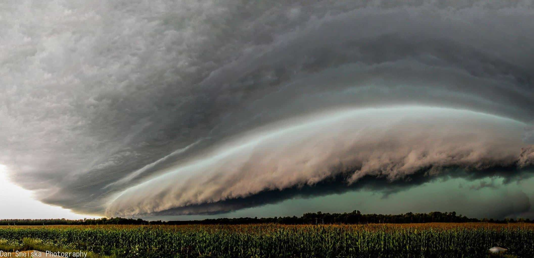 Powerhouse Severe Warned Squall line plows it's way through the Northwoods of Wisconsin. September 2014. This beast was moving at 65+MPH.