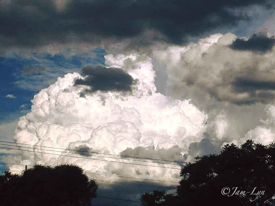 Awesome cloud today!!! From Toowoomba looking towards the Lockyer Valley Queenslan Australia