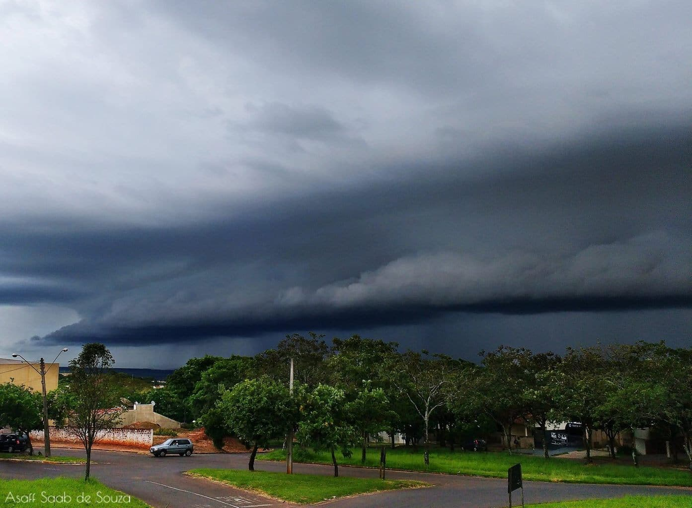 Severe storm that advanced last Thursday by Umuarama, Brazil!