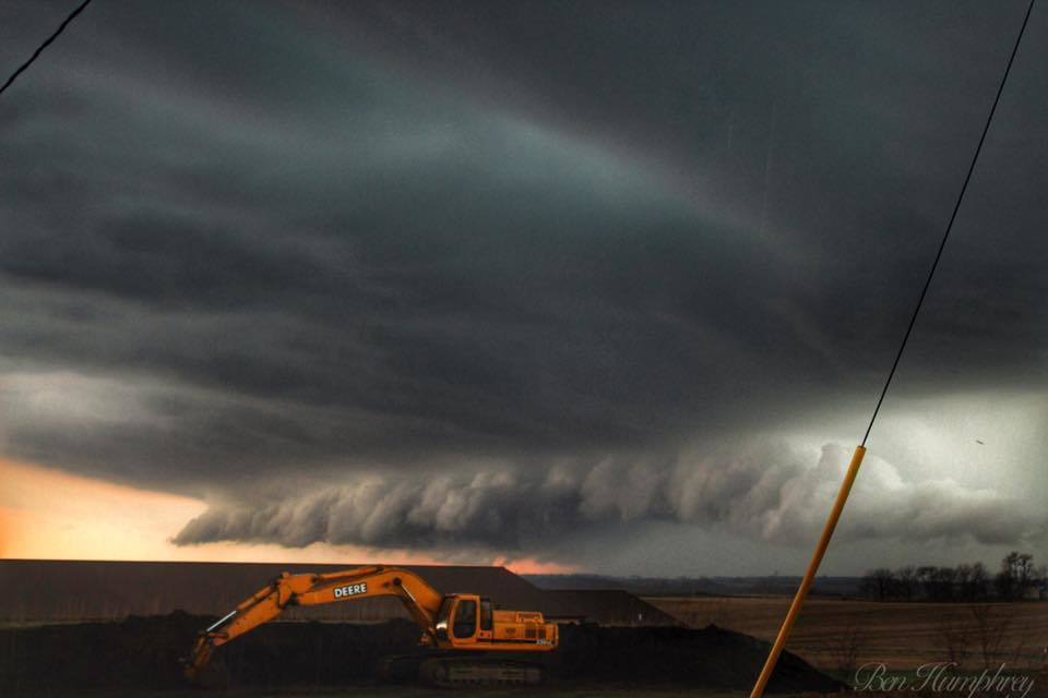 Shelf cloud over central Iowa yesterday evening that brought nickel size hail and gusty winds with it