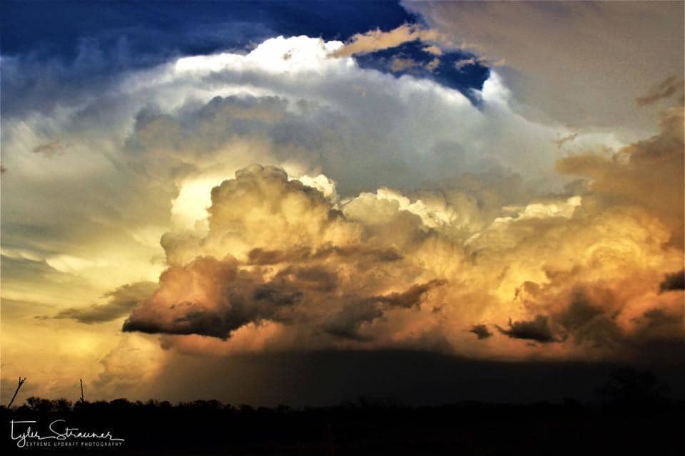 I think this ended up being my favorite shot from Sunday. The sun started to fade and the different attributes of the storm through all of it's levels made a good farewell to this supercell Bowlegs, Oklahoma 3/26/17