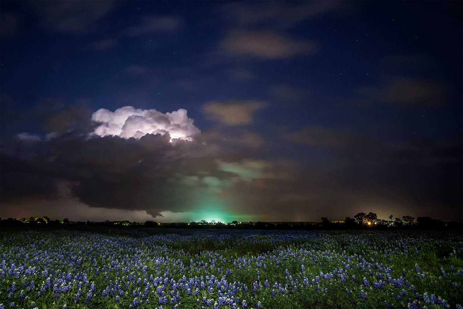 Single frame from a timelapse of a severe warned supercell over the bluebonnet fields in Brenham, Texas a few weeks back. Was blessed with a few storms over the course of several weeks of wildflower photography workshops and tours. Now that the season is winding down, I am really looking forward to late spring's adventures!