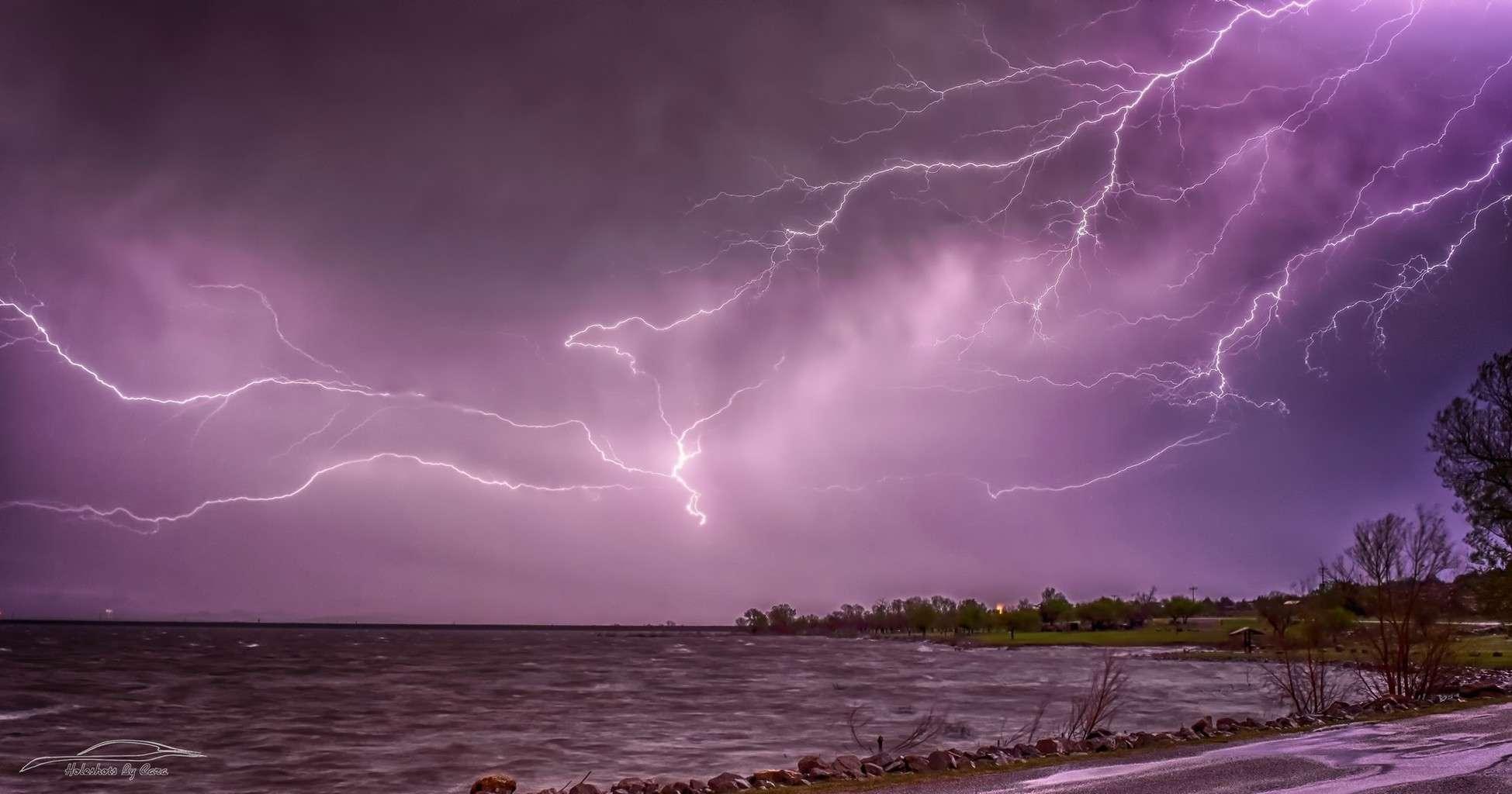 Tom SteedCaptured this lightning over Lake - Snyder, OK 3/28/17