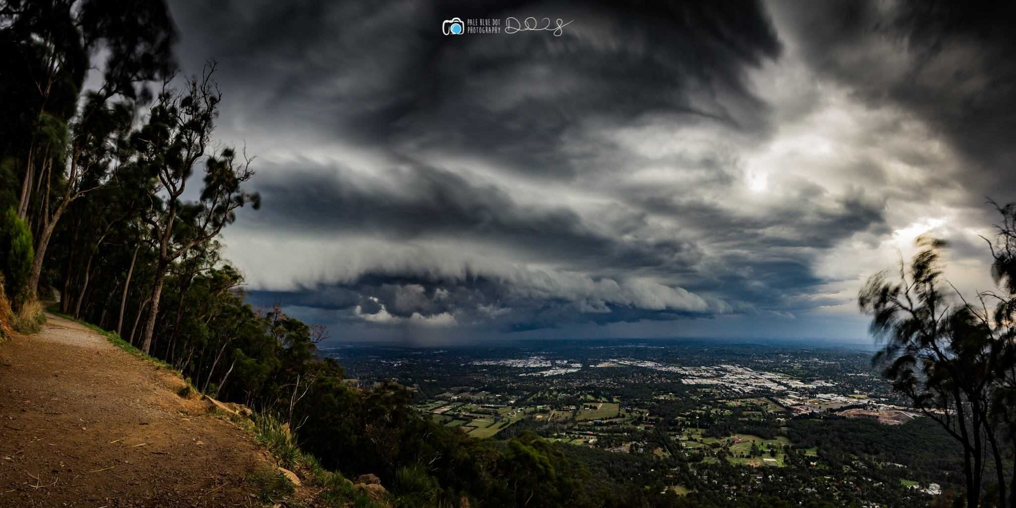 Awesome shelfie rolling across the suburbs of Melbourne, Australia yesterday... This was taken from the top of Mt Dandenong (633m). 4 x 10sec exposures stitched as a pano. It's been a lame storm season here down under, so I was stoked to catch this.