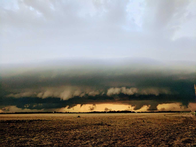 Gorgeous storm NW of McPherson, KS!