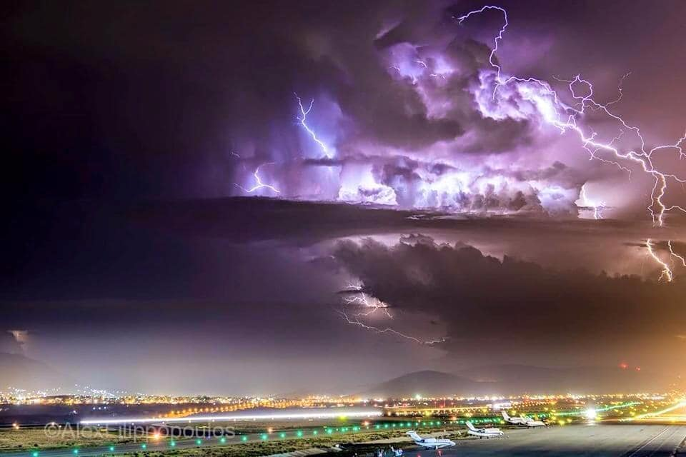 """A very angry mothership south of Athens airport last September. Stacking of five images, each at 17mm 30"""" f5.6 ISO 100 on Nikon D7200."""