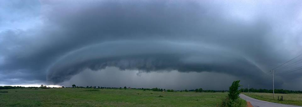 Awesome severe storm near Afton, Oklahoma this evening. Reminded me of the movie Independence Day.