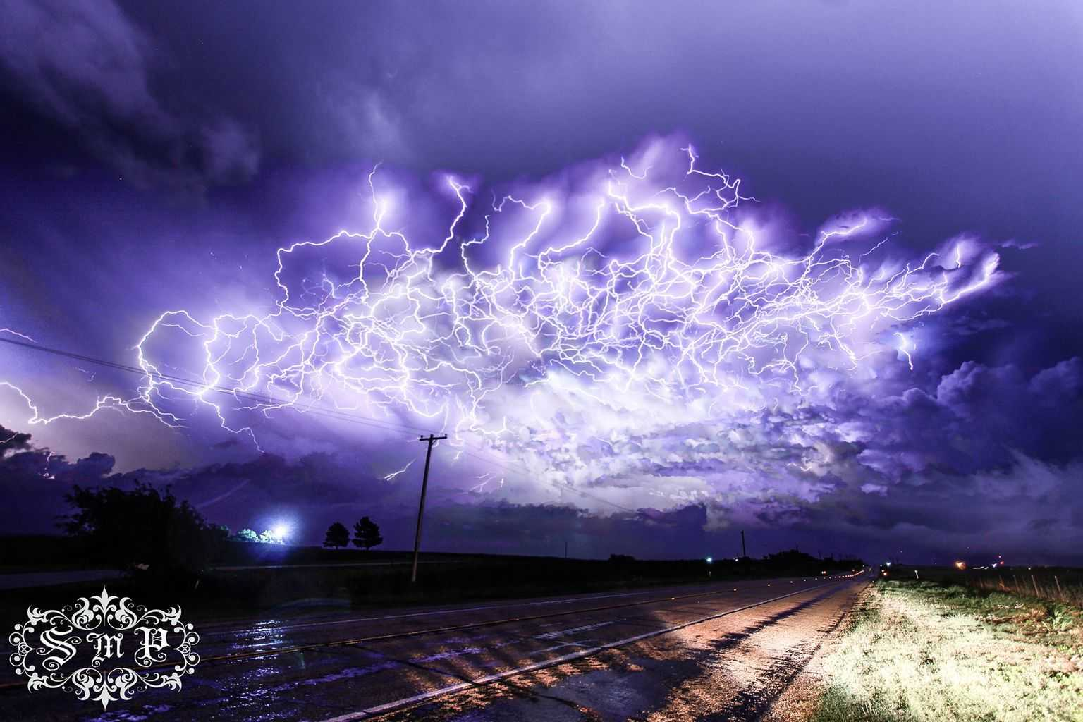 It's been a while but I finally have something worth sharing...This is a 75 Image stack from the electric thunderstorm last night (4/20/17) South of Vernon, TX... Looking South/ Southeast  ZERO editing (besides stacking)