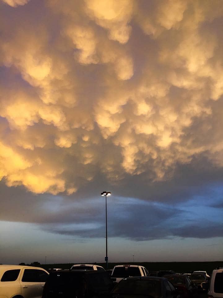 Saw a small patch of almost mammatus while walking into a Chris Tomlin concert at Verizon Center in Grand Prairie Texas 4/21/17.