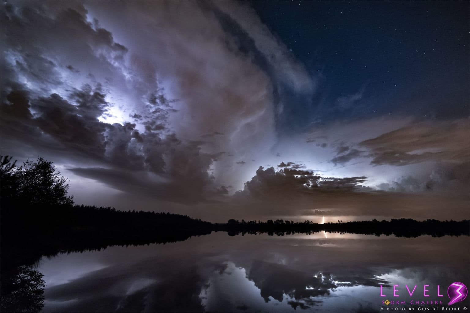 Two cells photographed with a 14mm lens on August 27 of last year near the Dutch town of Weert in the Netherlands.