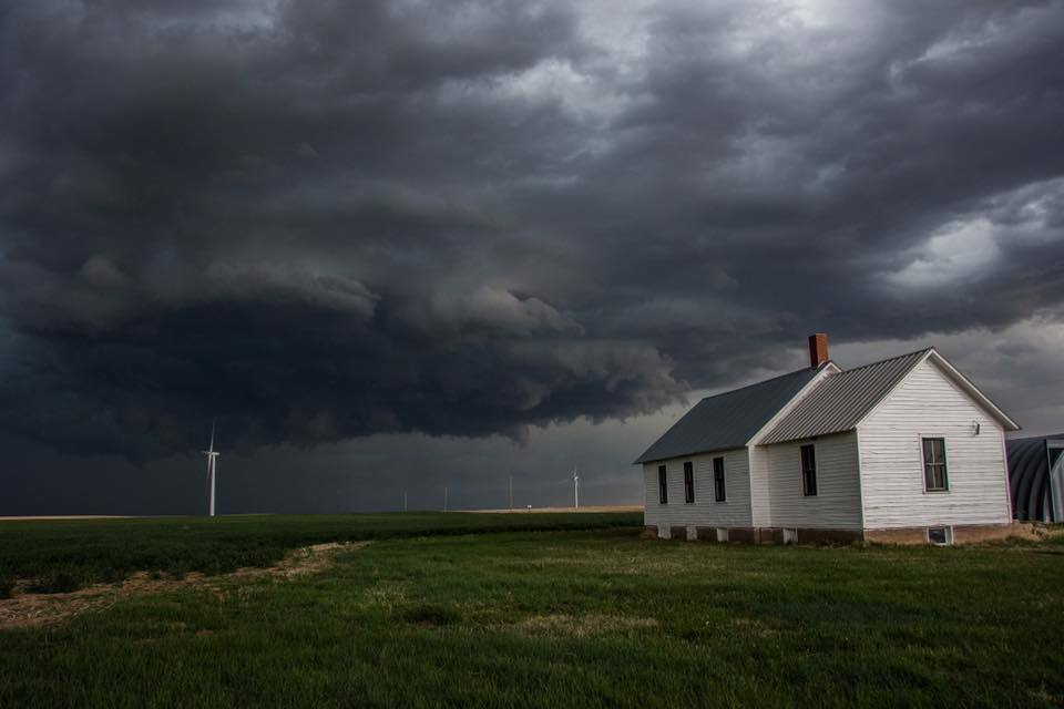 Storm structure threatening an abandoned building near Limon, Colorado!