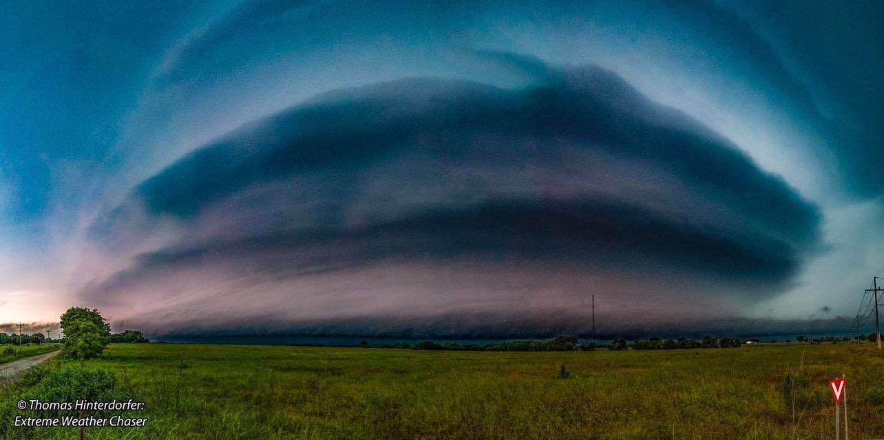 Incredible pancake stack Supercell over Ada, Oklahoma (May 19th 2017). This cell rapidly rotated on the southern edge of a storm front sweeping across Southern Oklahoma.