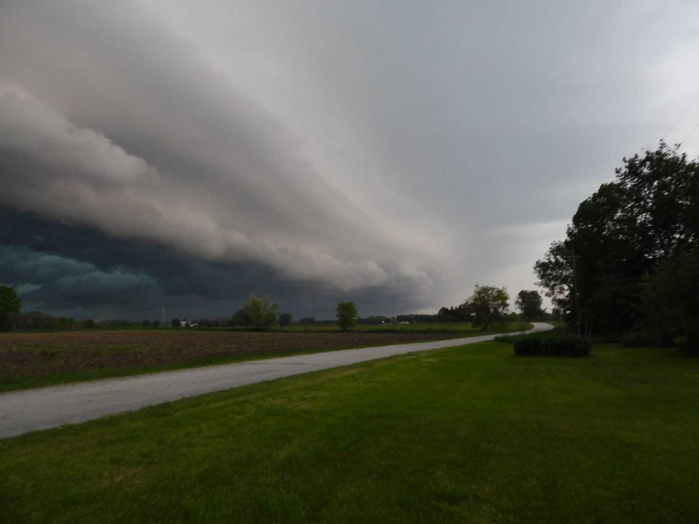 Caught this shelf cloud yesterday evening in Abrams, Wisconsin. The first really good storm of the season!